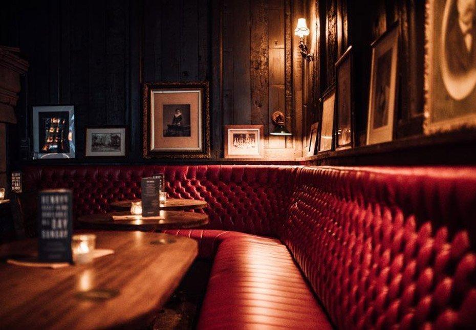 Interior of Henry's Bar
